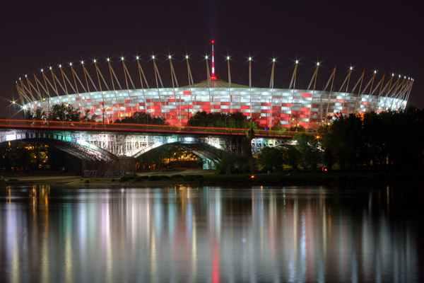 Praga-Południe: od niebezpiecznego osiedla do gwiazdy Warszawy