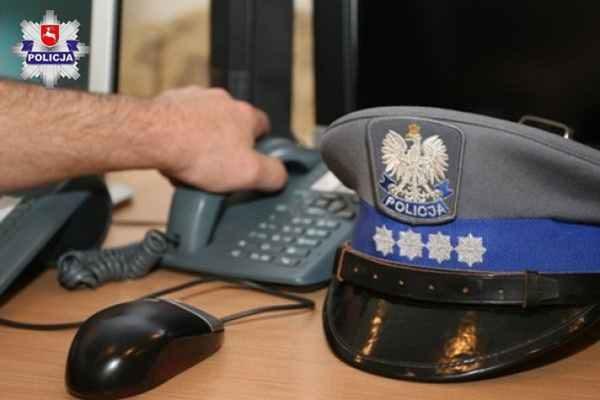 Policja Świdnika opanowała krwawienie z przeciętej szkłem rany.