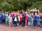 Społeczność SP nr 5 w Świdniku 100 lecie odzyskania przez Polskę Niepodległości.