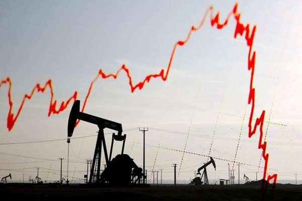 Cena baryłki ropy spada – pracuj i zarabiaj na tym
