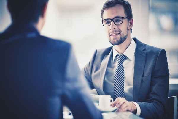 Komu pomaga i jak działa kancelaria antywindykacyjna?
