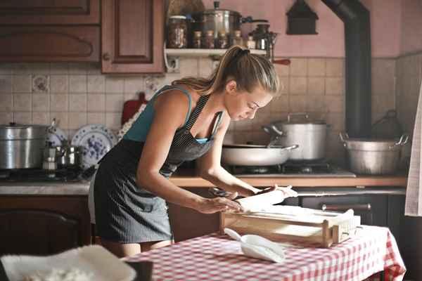 Z jakiego materiału wybrać akcesoria kuchenne?